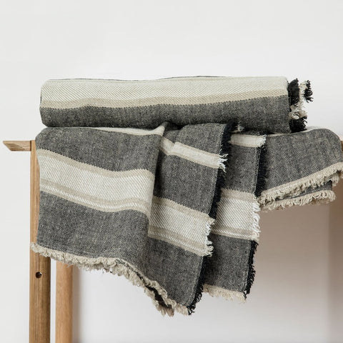 Mira Linen Throw - Enzo