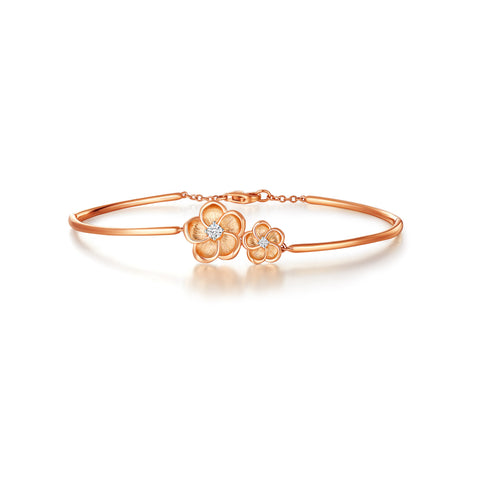 Blossoming collection 18k rose gold white diamond bangle