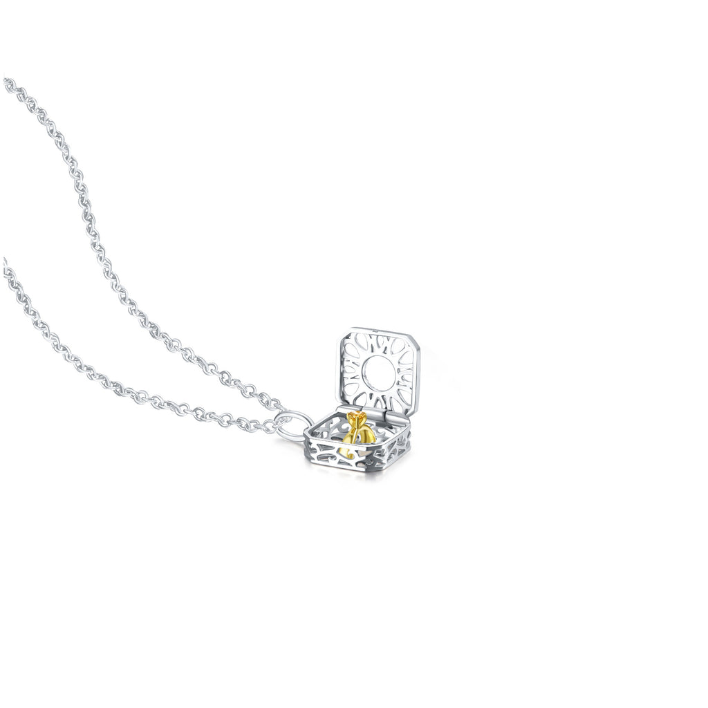 Julius collection 18k gold yellow diamond pendant