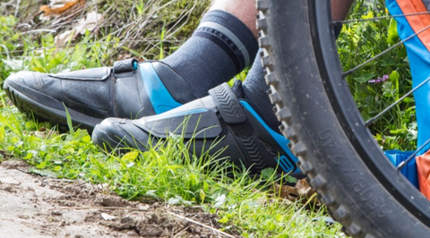 Spray SoleFog in your Shimano AM9 Shoes to keep them smelling fresh after every ride.