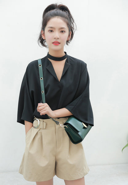 Choker Loose Fit Blouse in Black