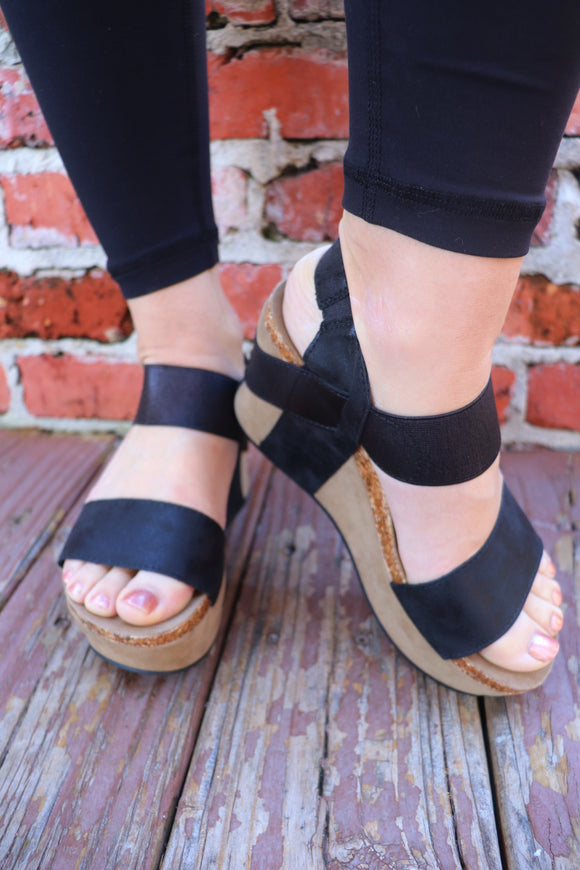 Elsie Black Elastic Wedges