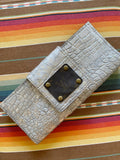 "Metallic Gator Bifold wallet  -Made of 100% authentic leather -9.5""x 4.5"" Leather on the inside with card slots and zipper pouch. Magnetic button closure"