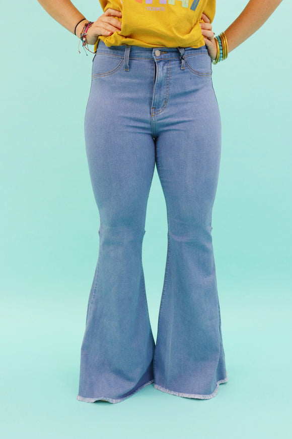 Last Call Blossom Bell Bottom Jeans [Light Wash]
