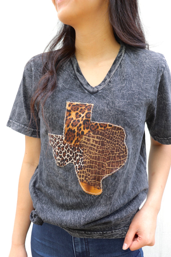 Safari V-Neck Tee