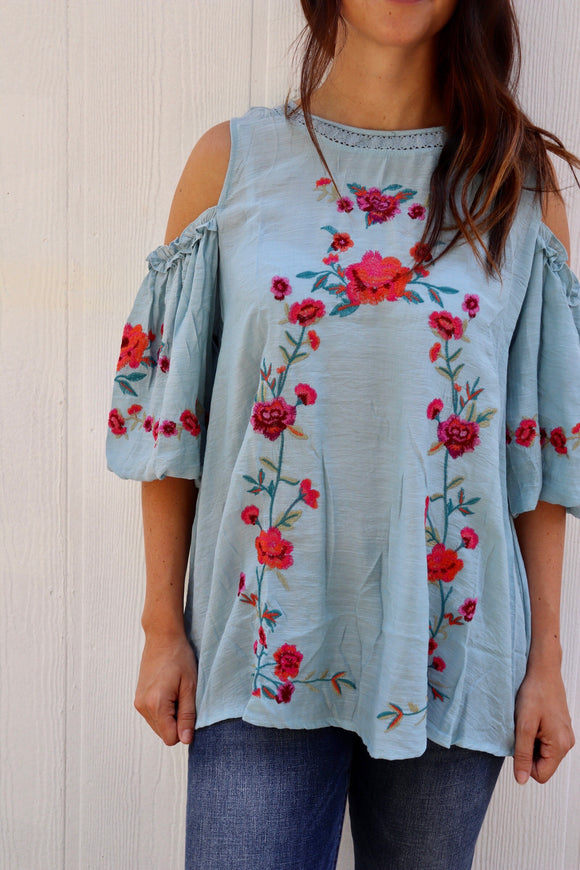 Last Call Juliet Cold Shoulder Top [Light Blue]