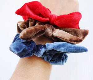 Velvet Bow Scrunchies [3 Colors]