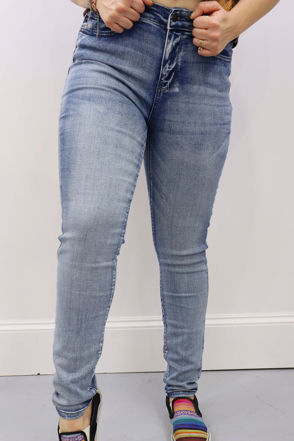 Queen Size Salado Sand Skinny Jeans
