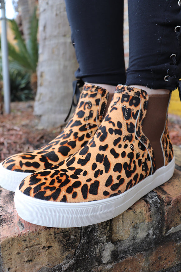 Leopard Sonder High-Top Sneaker