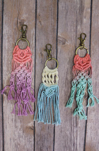 Macrame Ombre Key Chain [3 Colors]