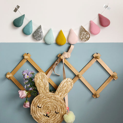 Springtime Droplet garland (Bestseller). Made to order within 4 weeks