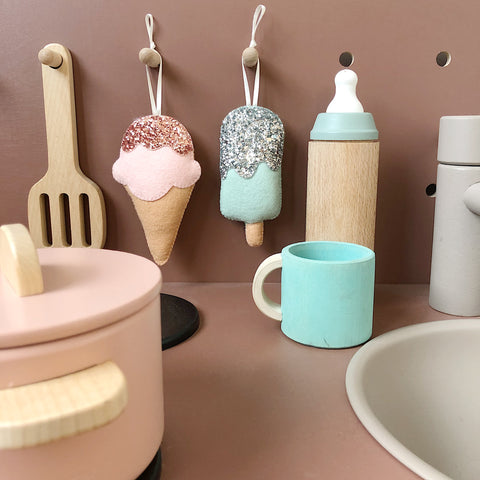 *New* Icecream decoration in custom colours