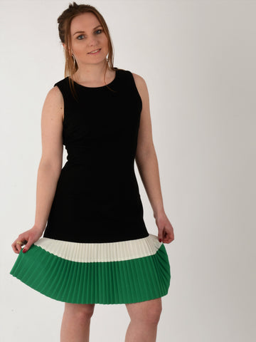 Black & Green Pleated Dress - Capsuleight