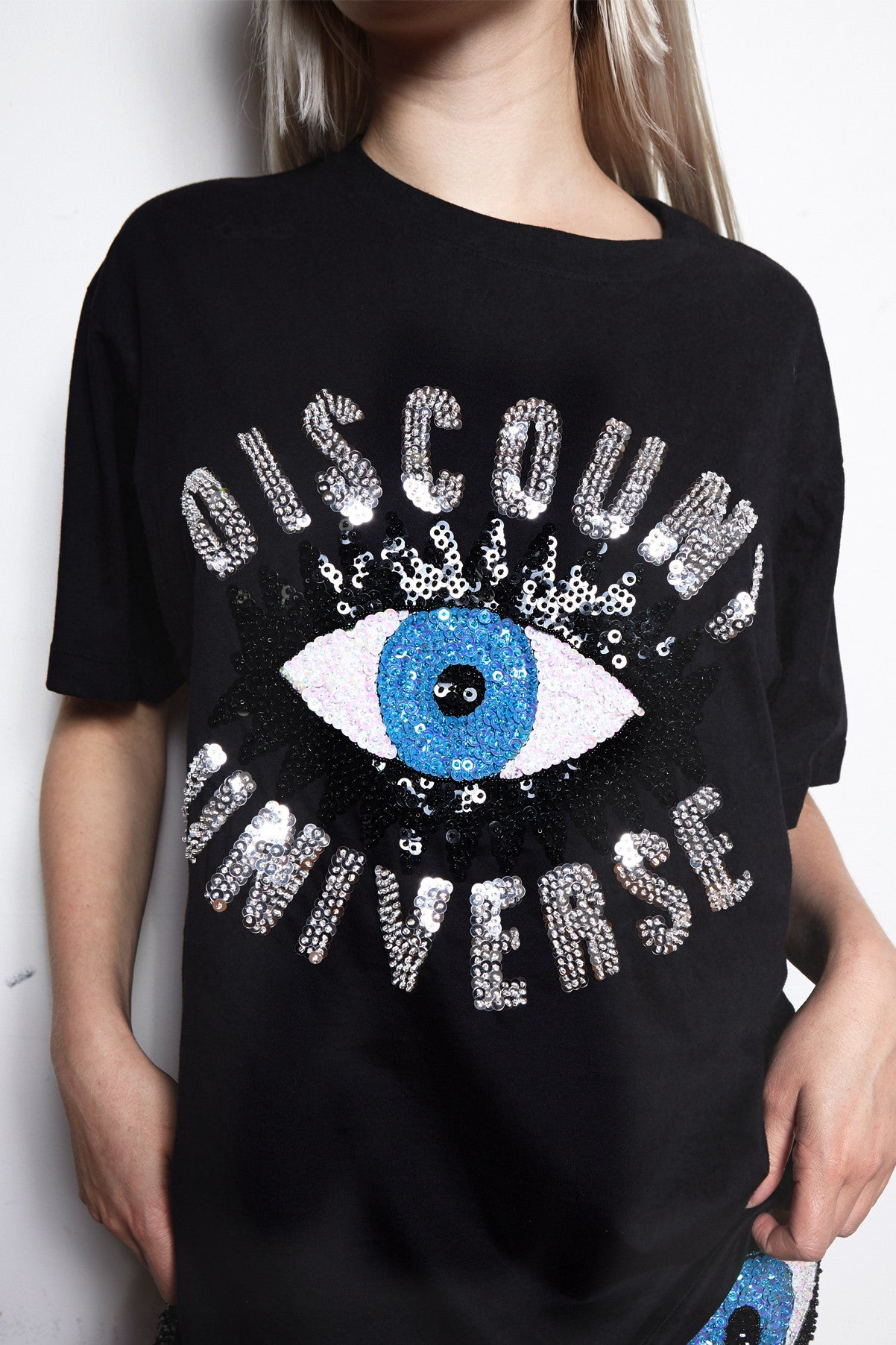 eye's on you tee, eye's on you sequinned tee, evil eye tee, evil eye sequinned tee, evil eye t-shirt, evil eye, discount universe, di$count universe, sequinned t-shirt
