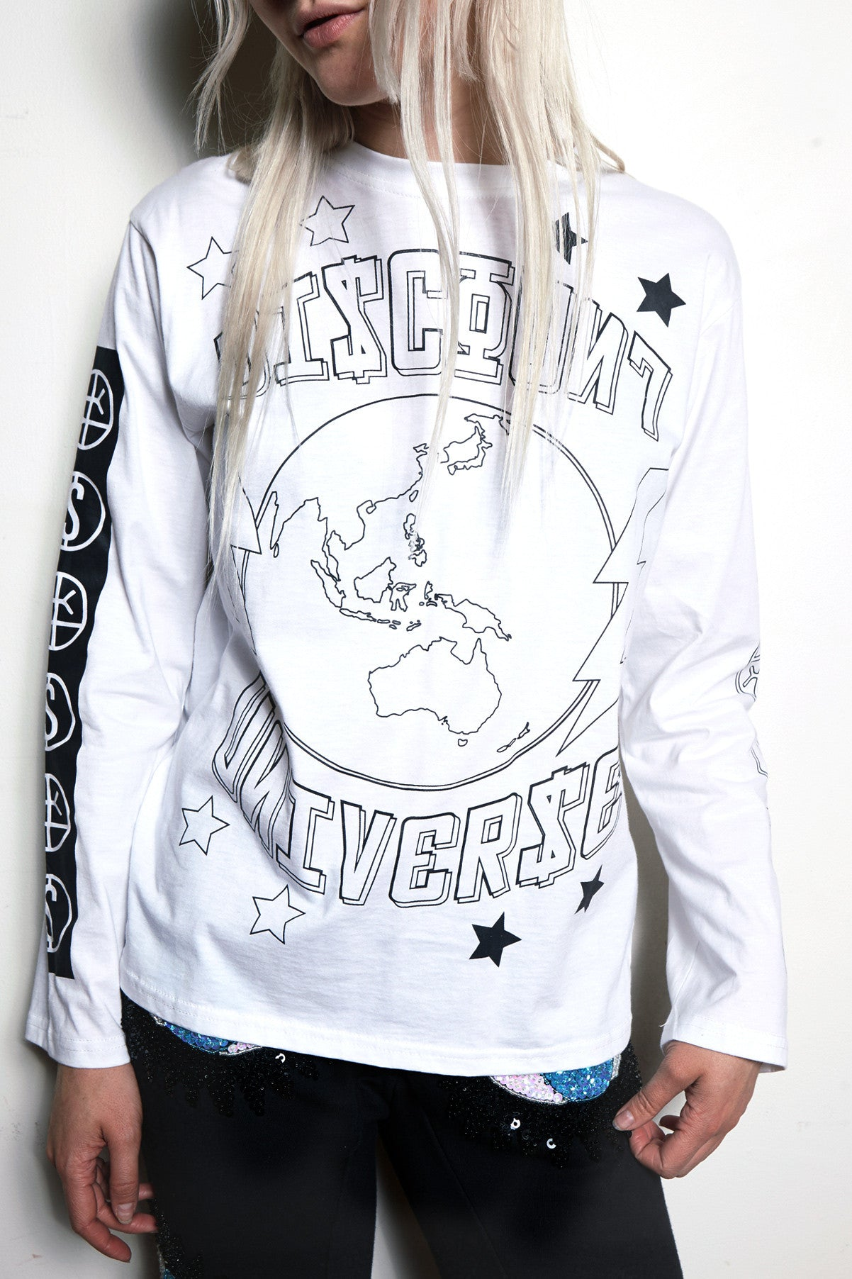 'THE WORLD IS YOURS' Tee White