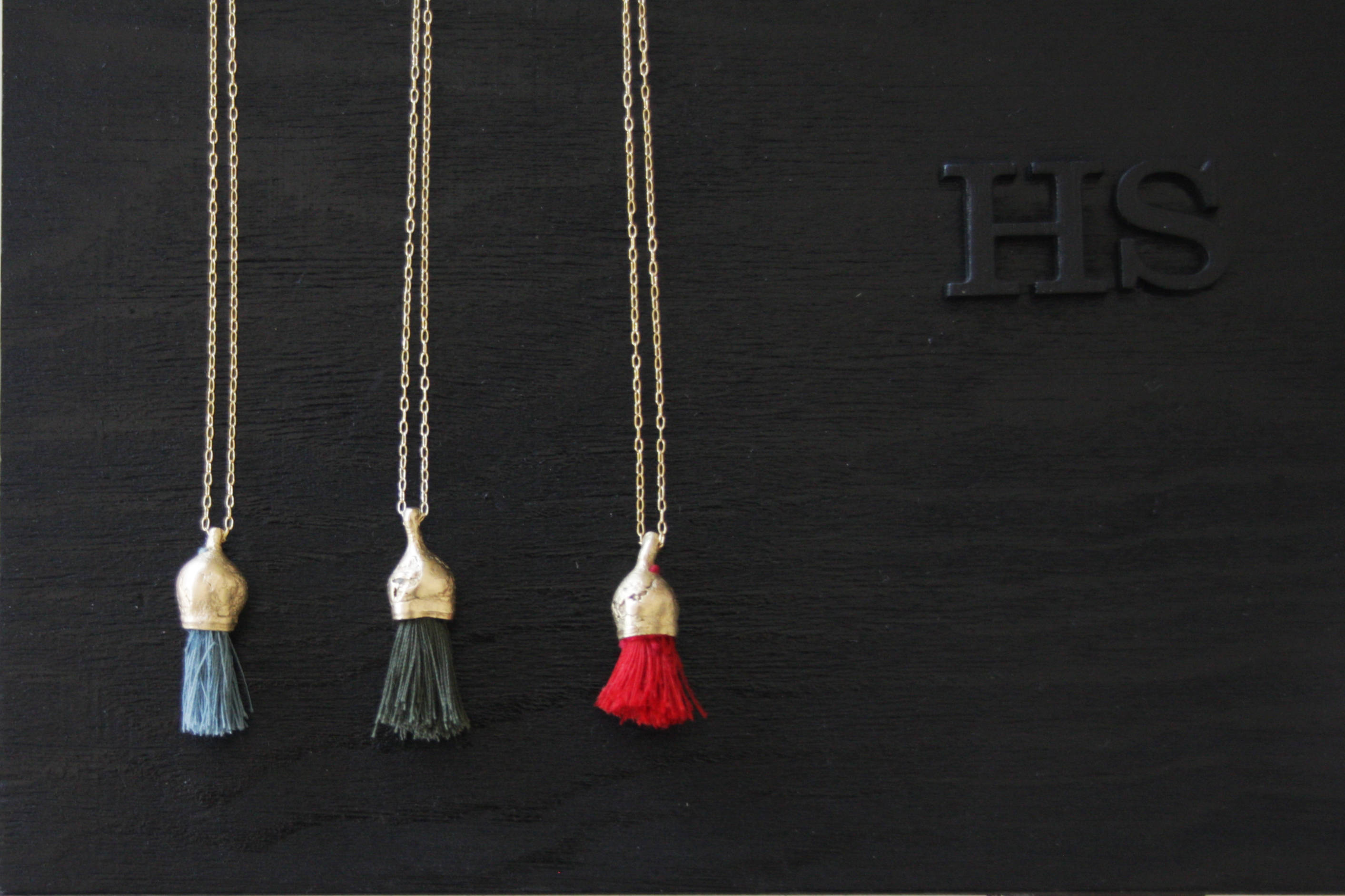 Nature Jewelry / Tassel Necklace / Organic Pendant / Blue Necklace - hs