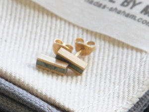 Yellow gold & concrete short stick earrings - hs