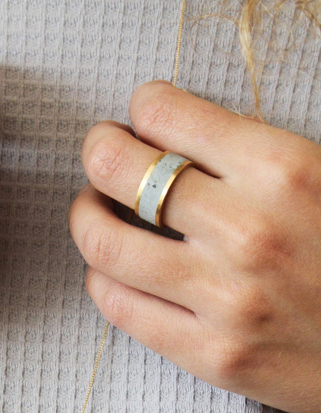 Contemporary 14K Solid Gold Wide Modern Unisex Concrete Wedding Ring - hs