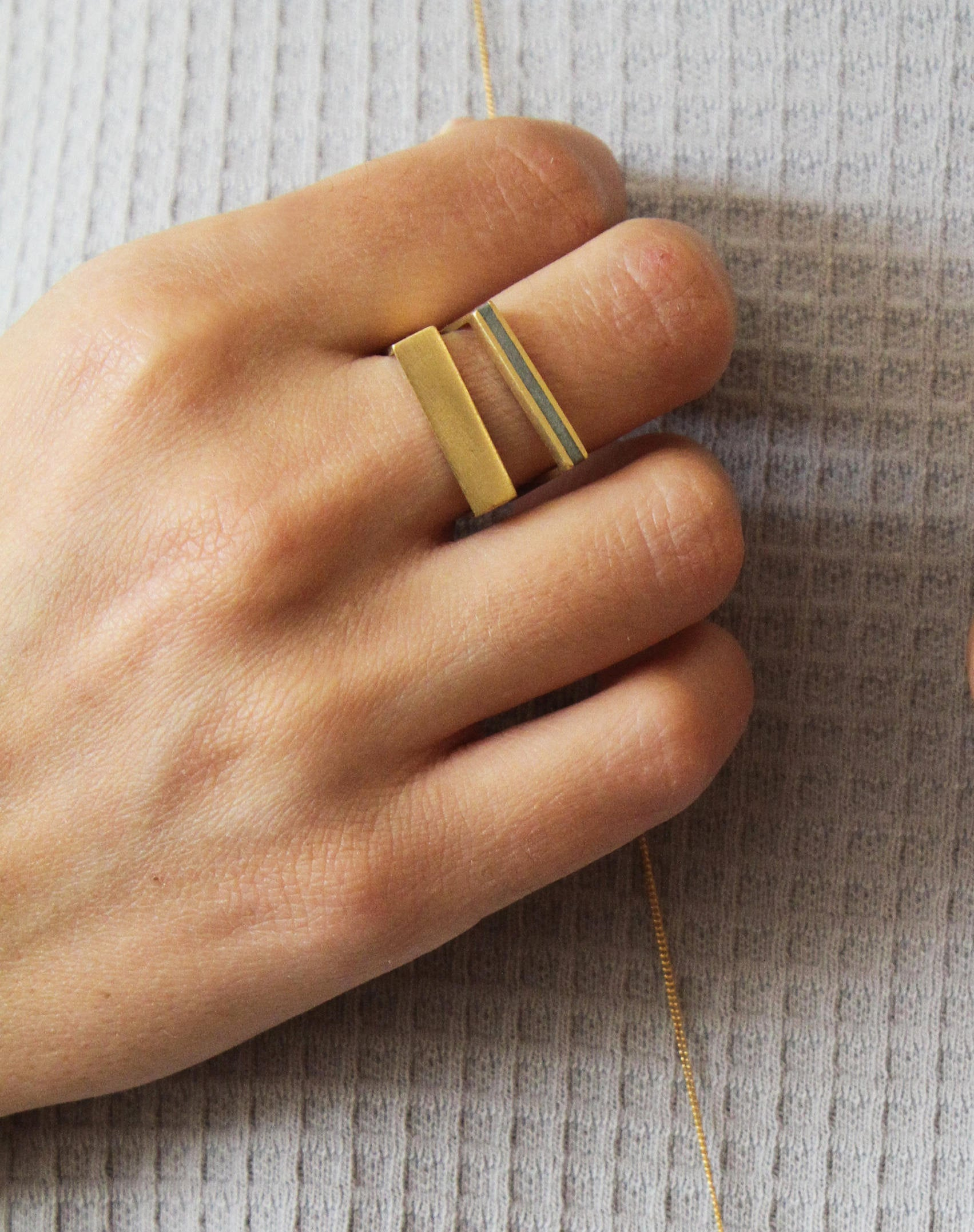 Gold concrete narrow stripe Ring, Geometric Concrete Ring, Frame Ring, Delicate bar Ring, modern line ring, Minimalist Ring, rectangle ring - hs