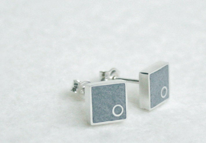 Everyday Square Silver & Concrete Gray Studs - hs