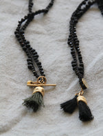 Load image into Gallery viewer, Black And Gold Necklace / Organic Gold Pendant / Spinel Necklace - hs