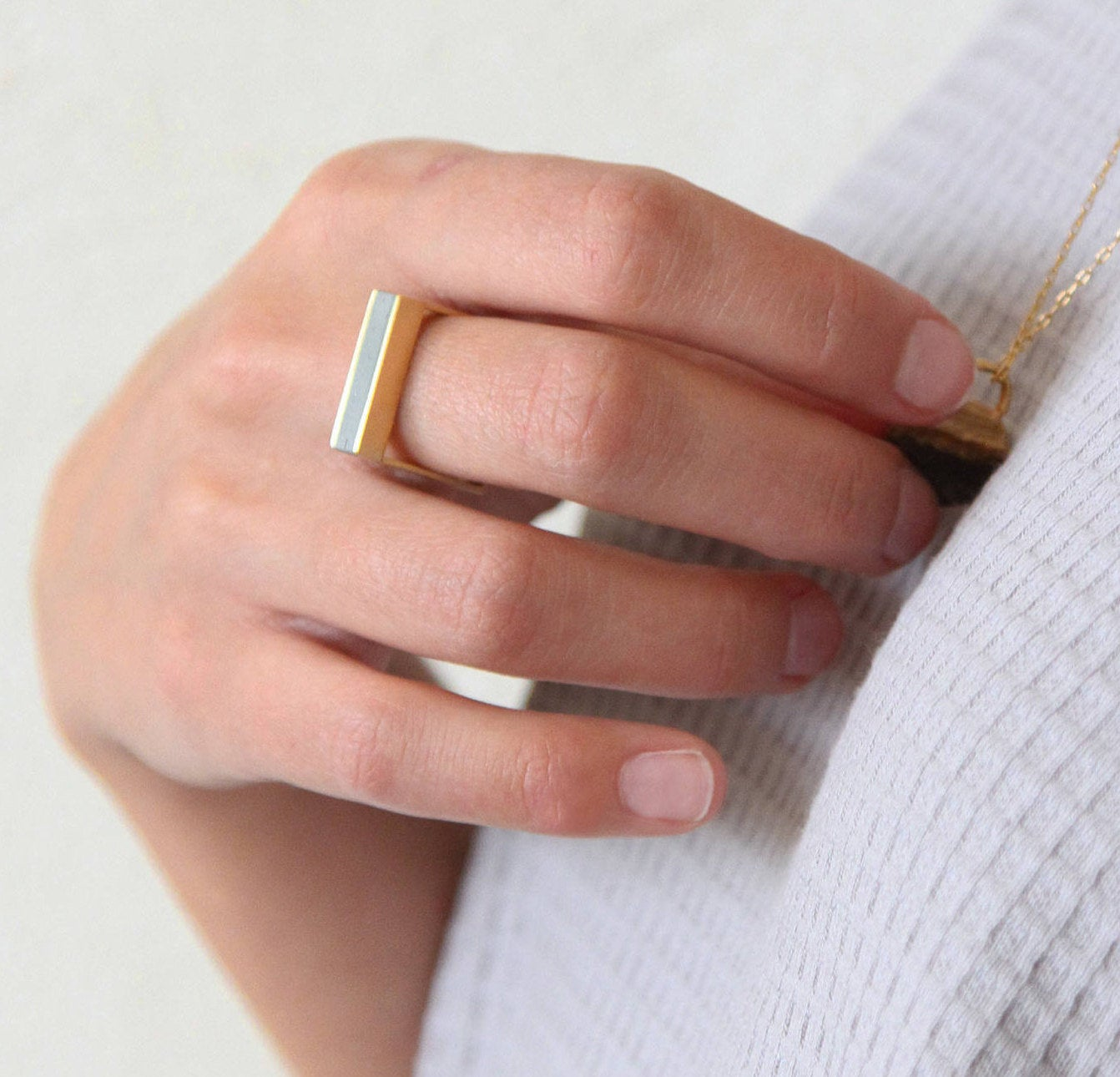 Gold concrete stripe Ring, Geometric Concrete Ring, Frame Ring, Delicate bar Ring, modern line ring, Minimalist Ring, rectangle ring - hs