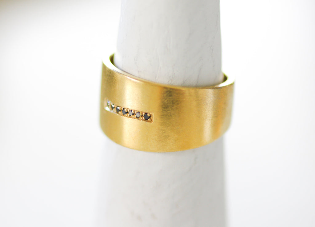 Gold Cigar Band Ring / Wide Gold Diamond Ring / Minimalist Wide Ring / 7 Diamonds Ring / Gold Statement Ring / Unique Wedding Ring - hs