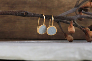 Classic round gold & concrete Dangle earrings - hs