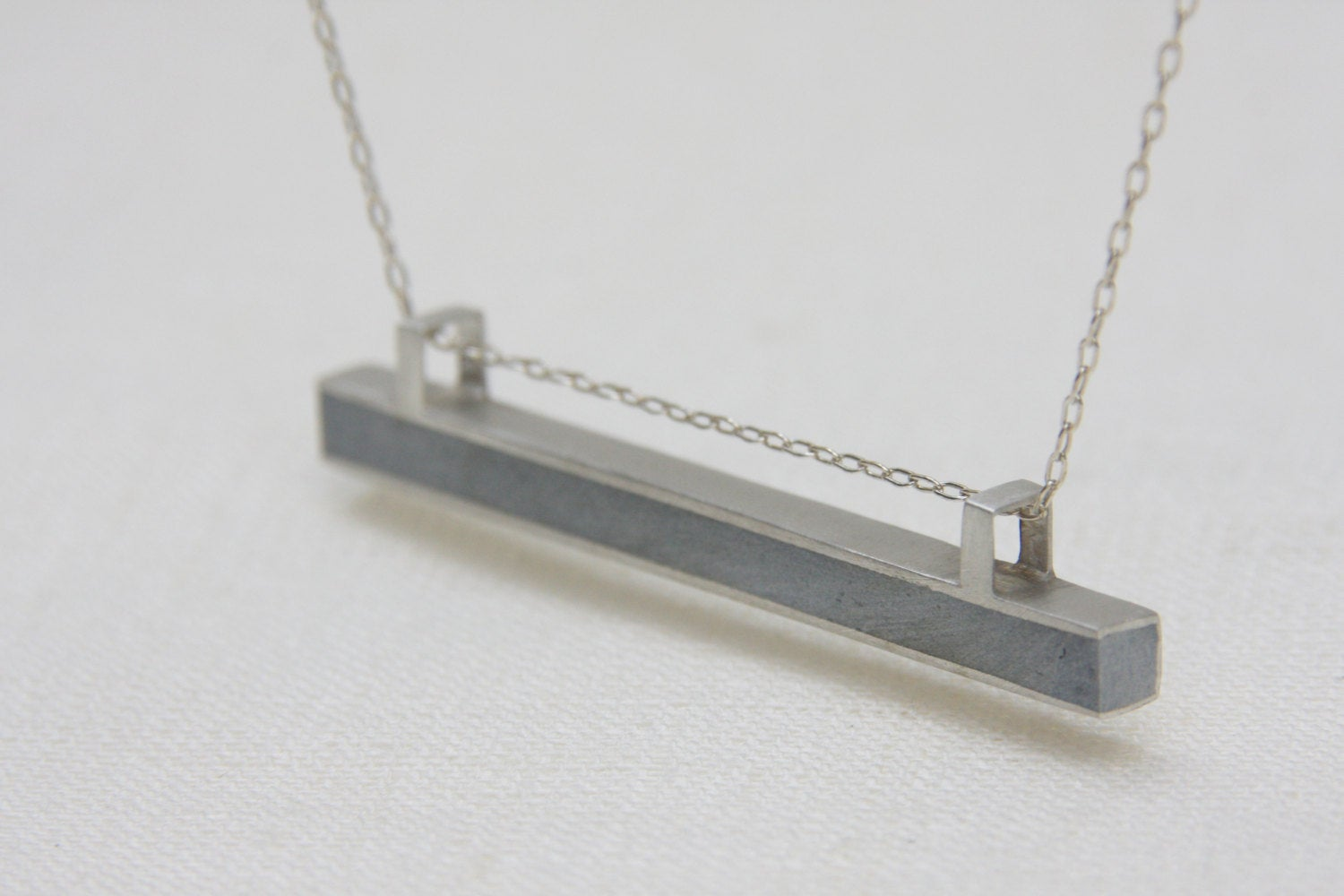 Minimalist Bar Silver line necklace - hs