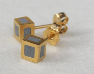 Gold & concrete Tiny Cube Earrings - hs