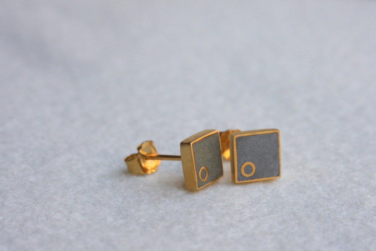 Everyday Petite Square Stud Earrings - hs