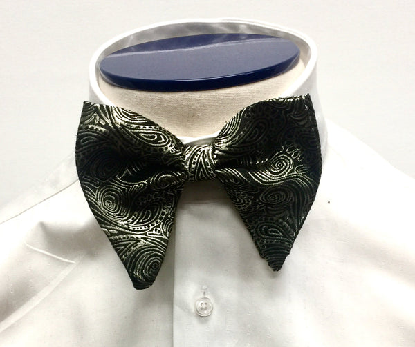 Gold Paisley Butterfly Bow Tie