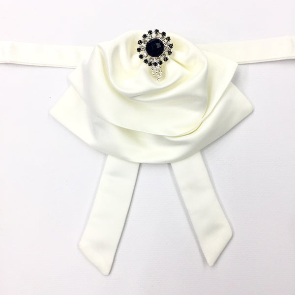 Off white Fluffy Bow Tie