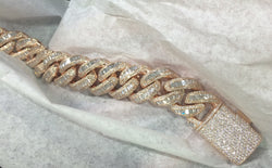 Custom Men's Chain with 1 kilo 18k Gold and over 100 carats of F Color VS Clarity Diamonds