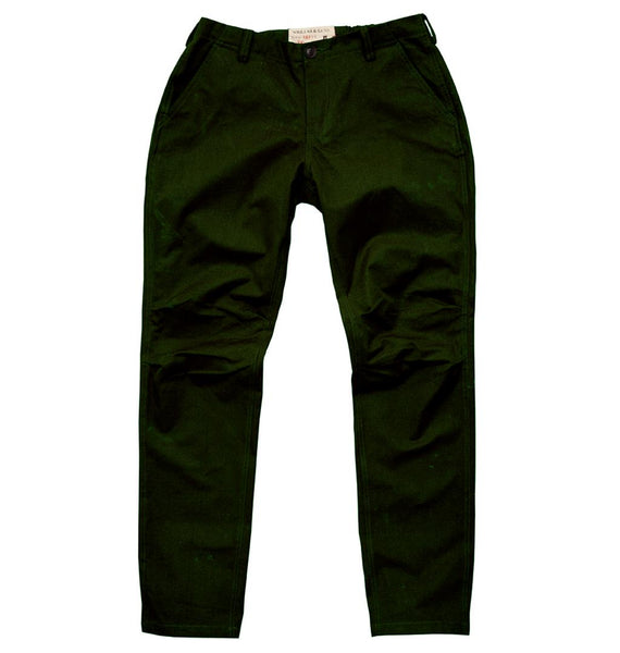 Outdoor | Freizeit |  Chino Hose Darwin mit Flexibund  in rot und grün - OUT OF AUSTRALIA | Kakadu Traders Australia