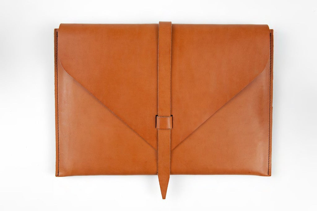 Cognac Leather Laptop Case ---