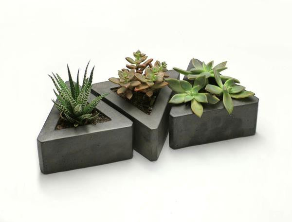 Triangle Pots (Set of 3)