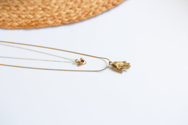 A Mano Necklace