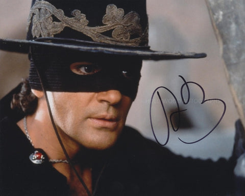 ANTONIO BANDERAS - Mask Of Zorro