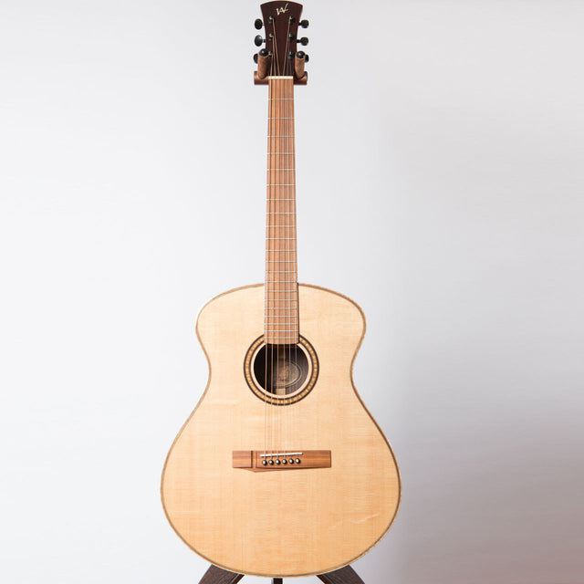 ANDREW WHITE FREJA 1010 INDIAN ROSEWOOD / SITKA SPRUCE