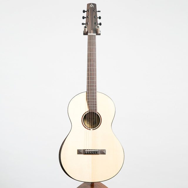 Avian 2017 Dove Deluxe Electro Acoustic Guitar