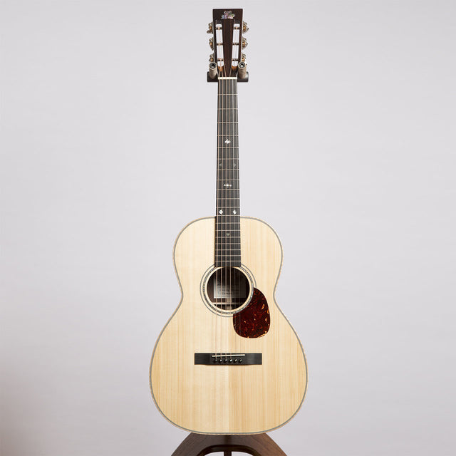 Froggy Bottom C Deluxe Acoustic Guitar - Guatemalan Rosewood / Adirondack Spruce