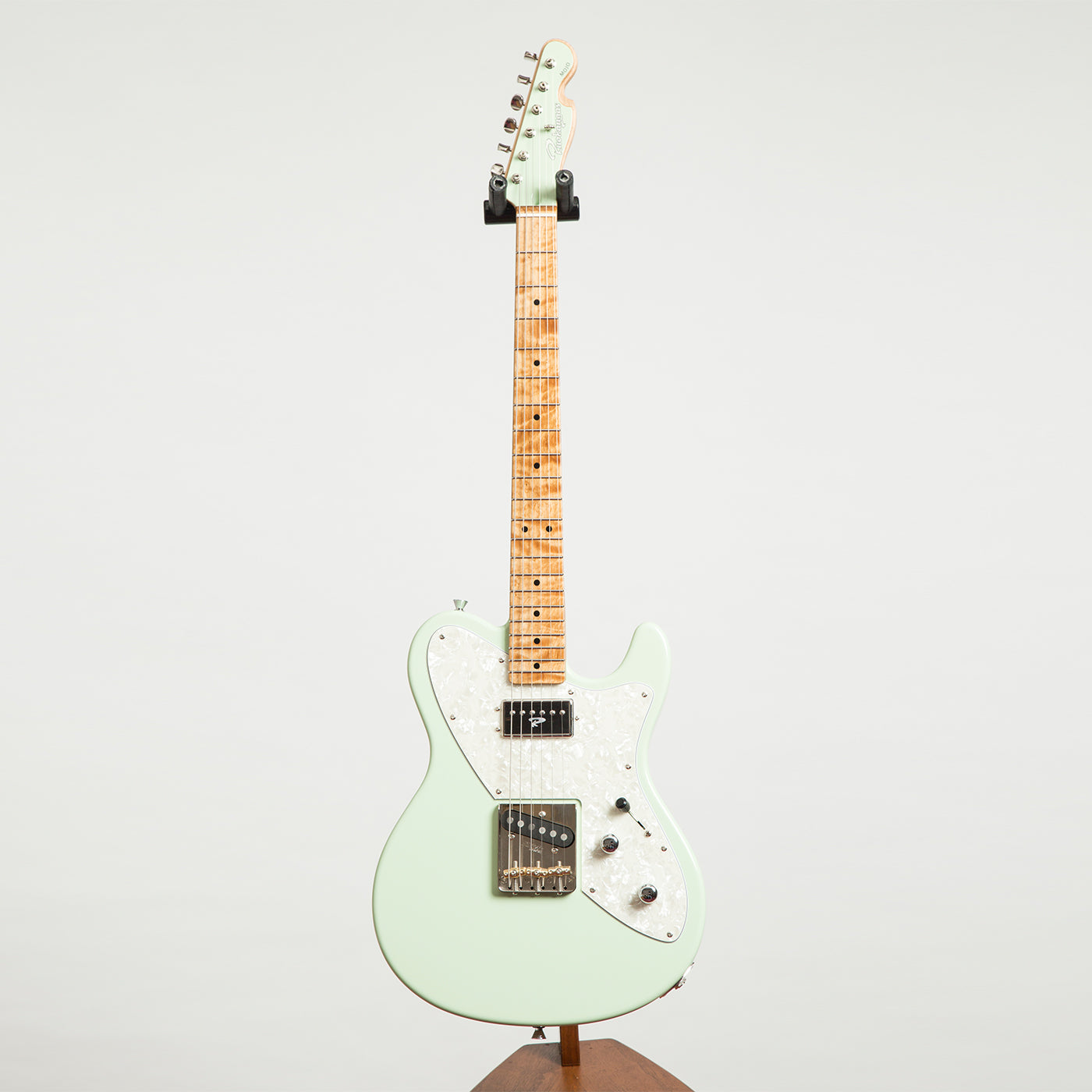 ruokangas guitars mojo classic surf green 318 electric guitar the north american guitar. Black Bedroom Furniture Sets. Home Design Ideas