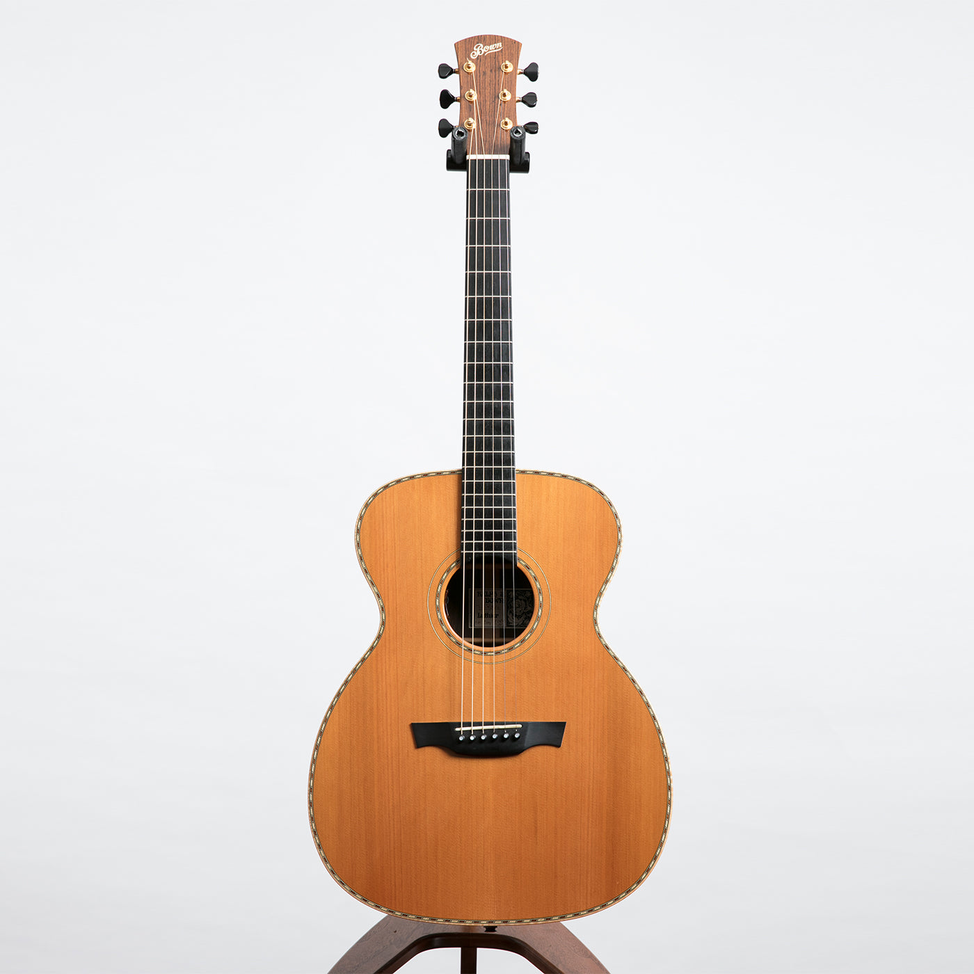bown omx acoustic guitar mexican rosewood and cedar pre owned the north american guitar. Black Bedroom Furniture Sets. Home Design Ideas