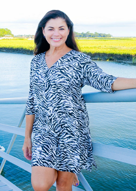 Tybee Island Clothing: Judy | Cover Up & Tunic Black/White 2021 Collection