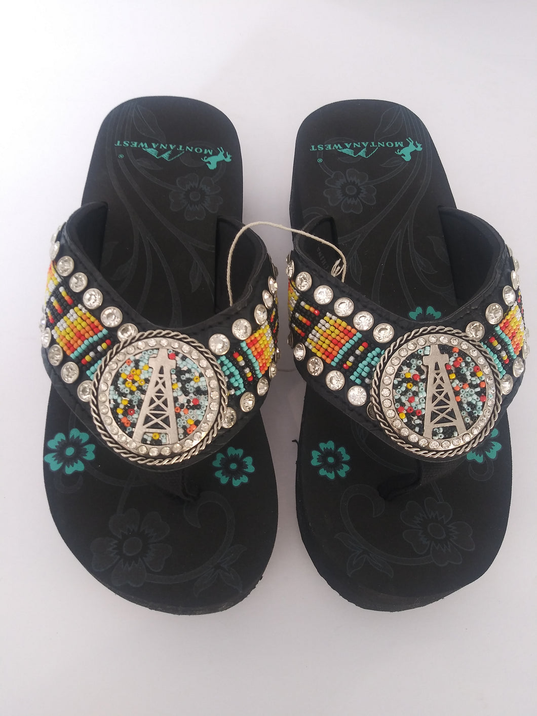 Montana West Aztec Hand Beaded Sandals with A Round Concho Oil Derrick