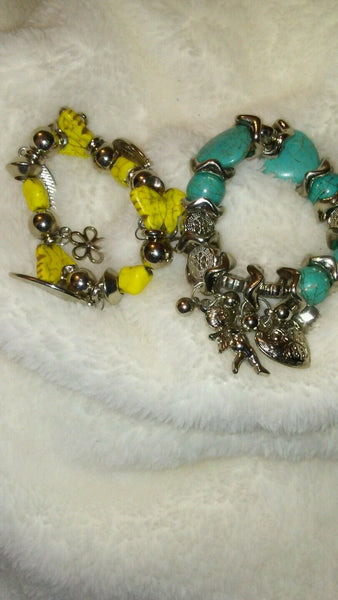 a Lot of 2 Womens Charm Bracelets