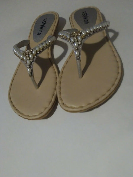 Womens Silver Pearl Inspired Pakistan Sandals