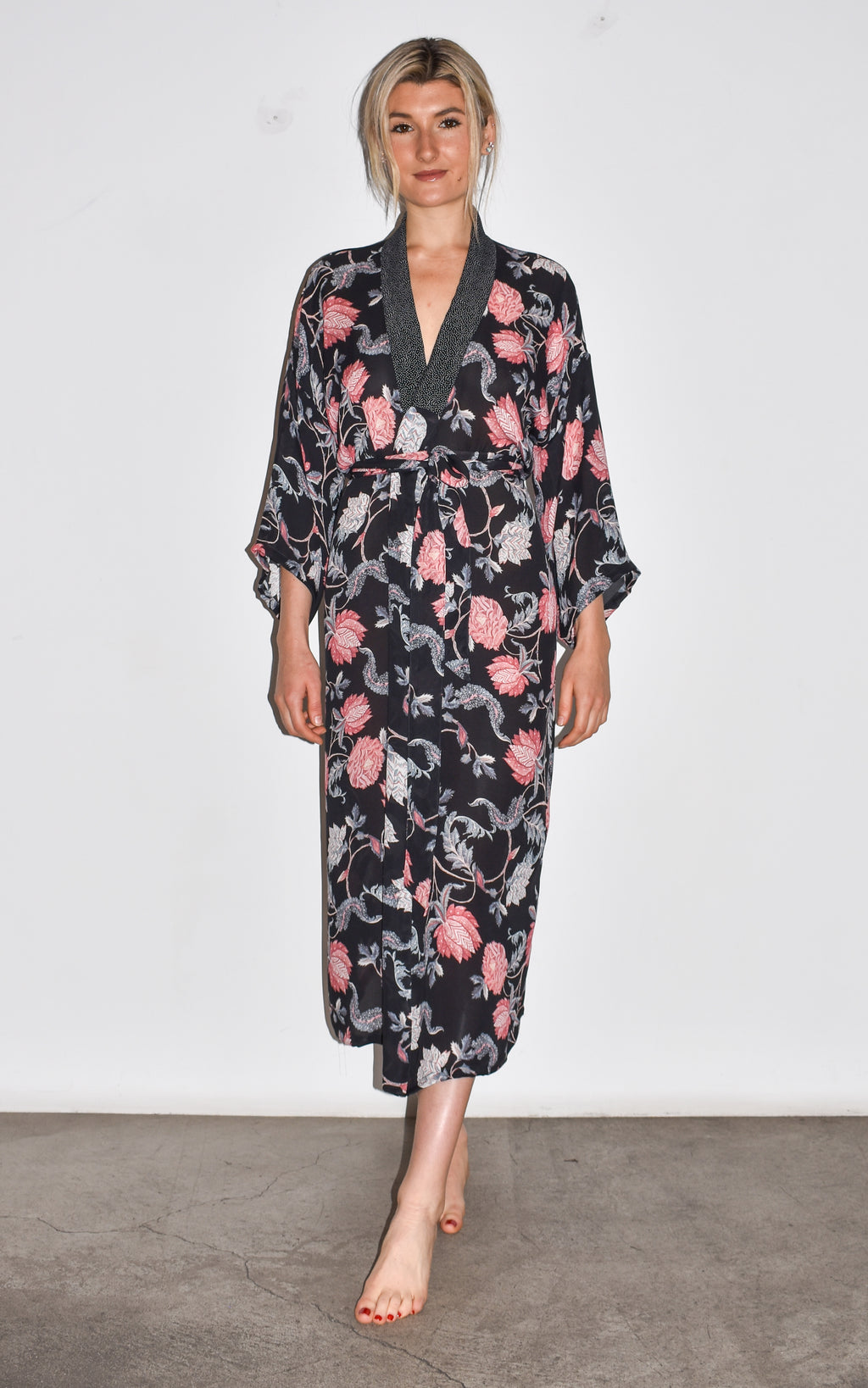 Sexy silk kimono, robe, beach cover up. Floral. Handmade in Venice. Female owned small business