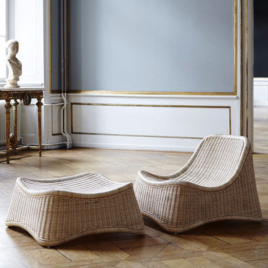 Chill Lounge With Stool